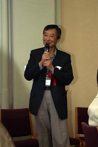 穴山健 先生