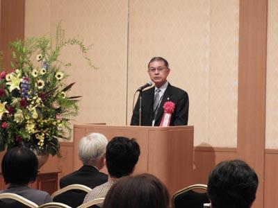 中川伸也学長よりご挨拶いただきました。