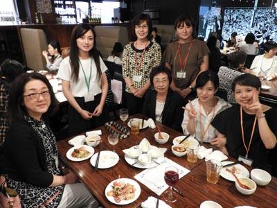 食物栄養科から大石明子先生、八丁雄子先生がおいでいただきました。
