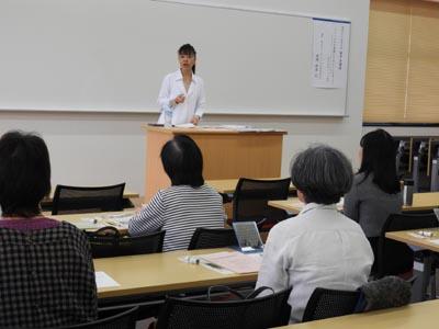 卒業生だけでなく、一般の方も受講されました。