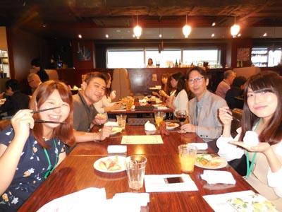 桑原先生、野口先生と音楽専攻科学生